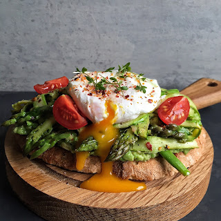 Mashed Avocado Toast with Sautéed Shaved Asparagus & a poached egg + How to Poach an Egg.