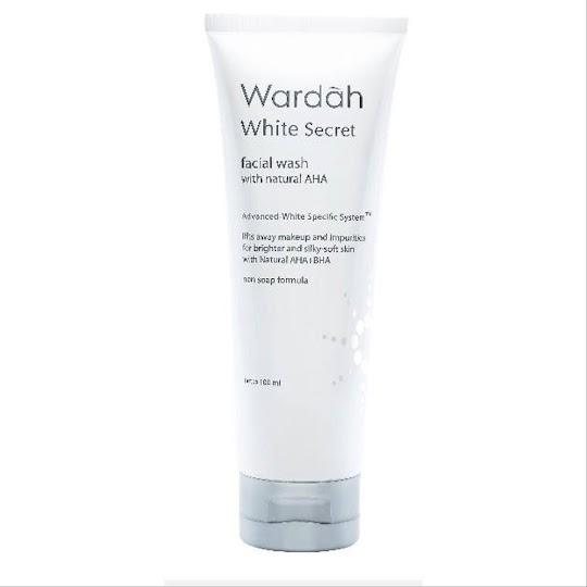 Facial Wash WARDAH WHITE SECRET sabun cair melembabkan memutihkan kulit wajah membersihkan makeup