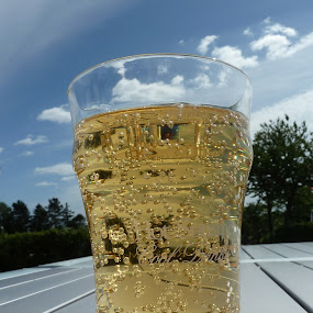 Cold drinks ...hot summer by Torill Michelsen - Food & Drink Alcohol & Drinks ( bubbles, summer, drinks )