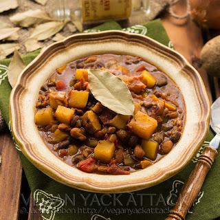 Slow Cooker Potato Curry Chili