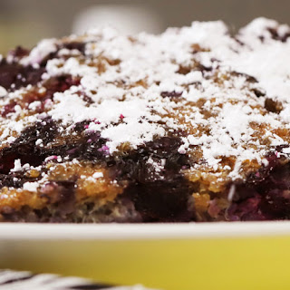 Banana-Berry-Quinoa Breakfast Bars.