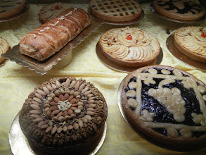 Photo: OMG fantastic-looking pastries in central Lecce