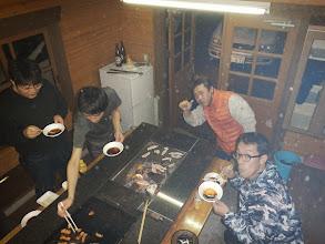 Photo: これも毎年のお楽しみ、BBQスタート♪