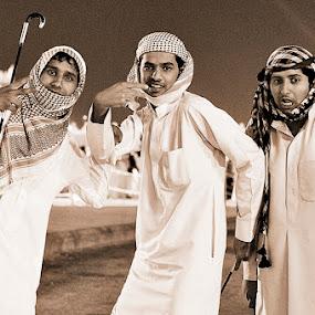 The Trio by Dj Hostalero - People Group/Corporate ( djmaculet )