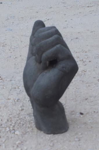 main-au-tresor-1
