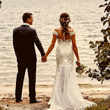 Bryllupsfotograf Nikolay Valyaev (nikvval). Bilde av 13.09.2016