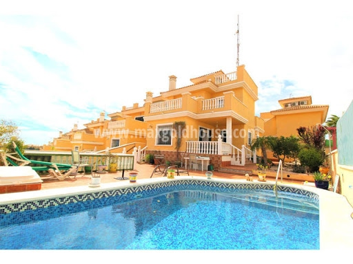 Villamartin Detached Villa: Villamartin Detached Villa for