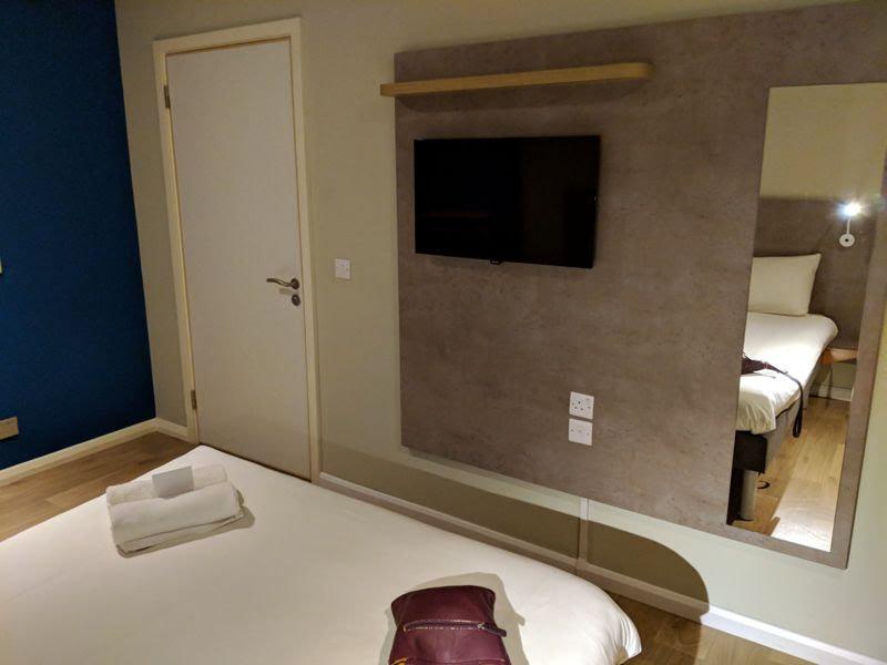hotel barato cerca del centro de londres