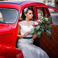 Wedding photographer Yuliya Pavlyashek (juliArt). Photo of 18.11.2015