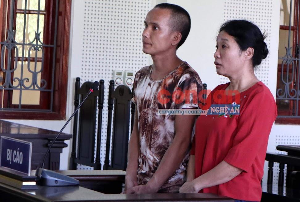 2 bị cáo Lương Văn Khăm và Vi Thị Lý tại phiên tòa