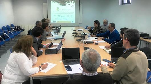 Cajamar participa en un proyecto para mecanizar la recogida de cítricos