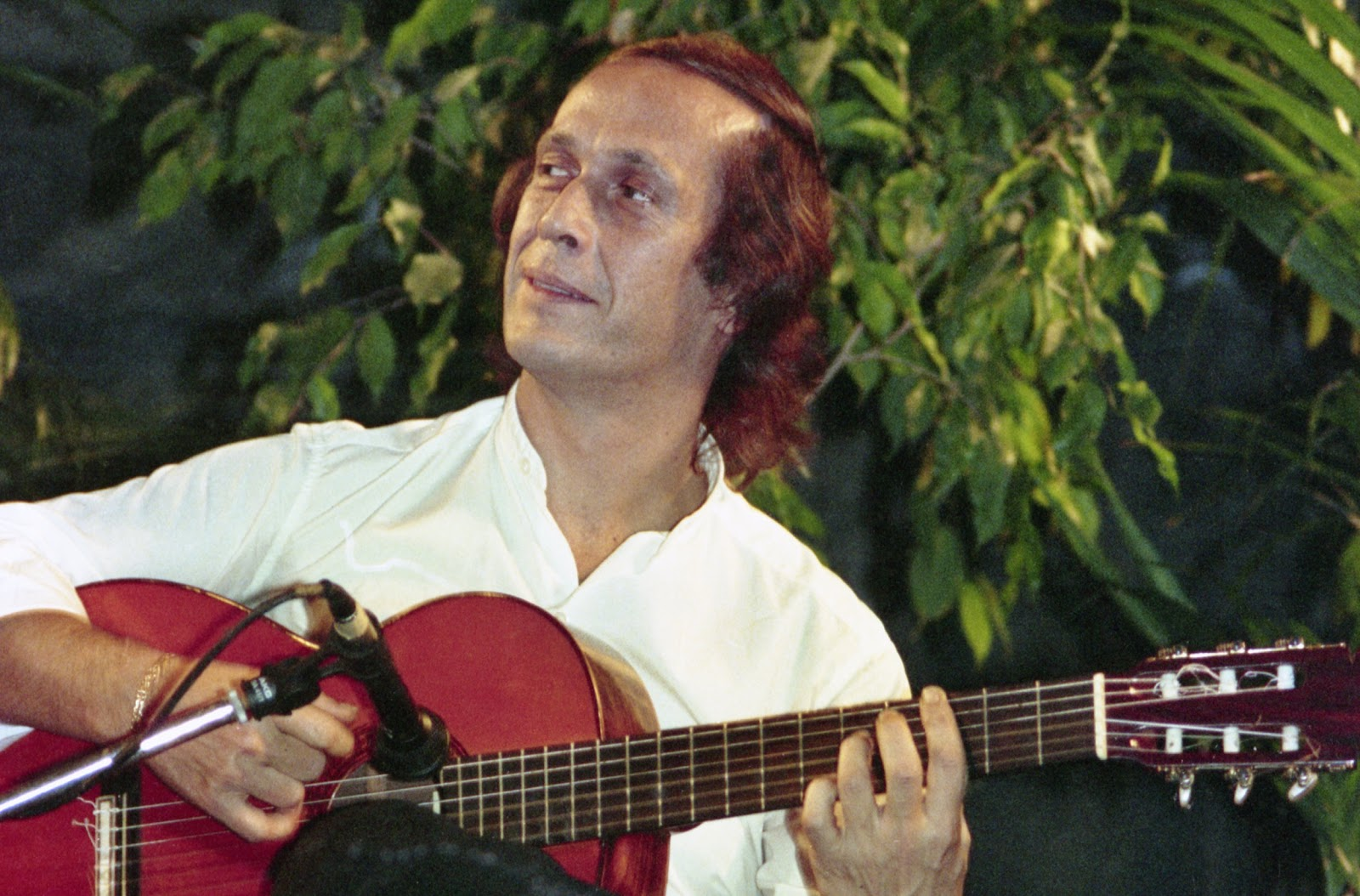 Music is a big part of the Spanish lifestyle. This picture shows renowned flamenco guitarist Paco de Lucia.