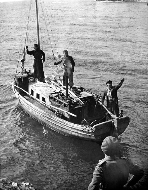 Lexar:ΕΛΑΝ ΜΙΚΡΕΣ ΦΩΤ:Νοέμβριος 1944.tif