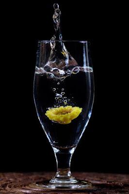 Fiore dentro, acqua fuori di LauraFerrandes