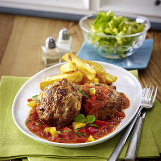 Meatballs with Tomato Sauce and French Fries