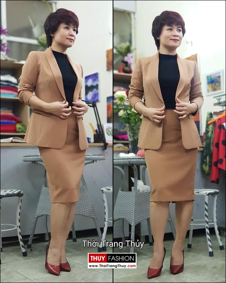 Bộ áo vest nữ áo sơ mi và chân váy công sở V697 thời trang thủy đà nẵng