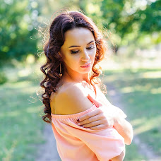 Wedding photographer Alena Dmitrienko (Alexi9). Photo of 04.10.2016