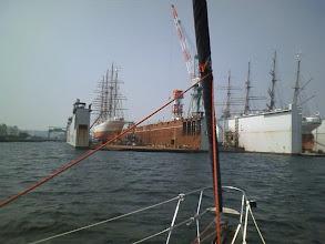 Photo: 右が日本丸で左が海王丸