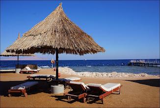 """Photo: Отель """"Шератон"""". Справа пирс для плавания в Красном море."""