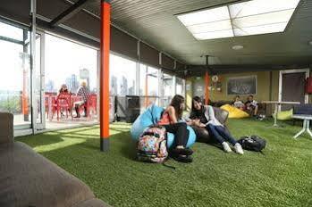 Melbourne Metro YHA - Hostel