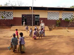 Photo: retour à Aplahoué, et visite de l'école maternelle