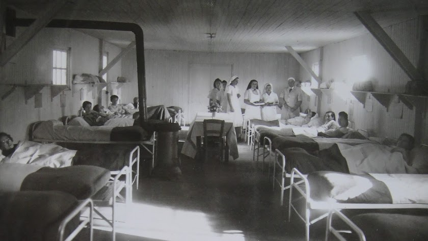 Grupo de enfermeras en el campo de Gurs.