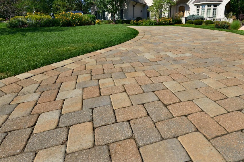 How Driveways Preston Enhances the Curb Appeal of the Property?