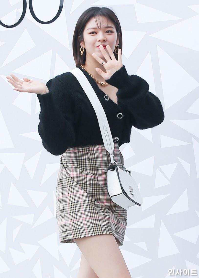jeongyeon8