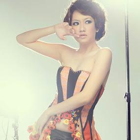 Rena .. by YanuArs Nuvio - People Fashion