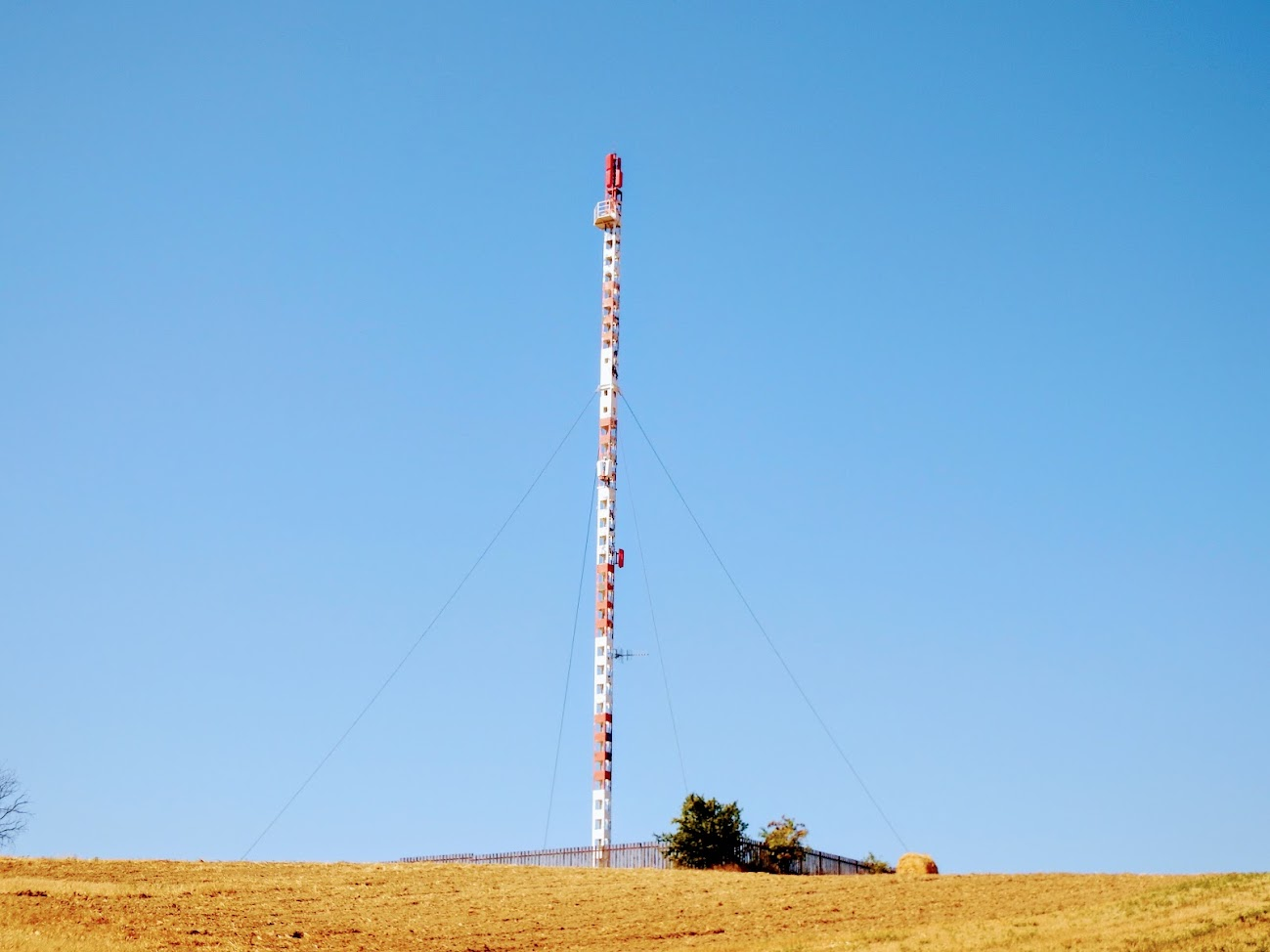 Bakonyszentkirály/Csesznek - DVB-T gapfiller