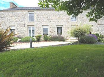 Maison 3 pièces 210 m2