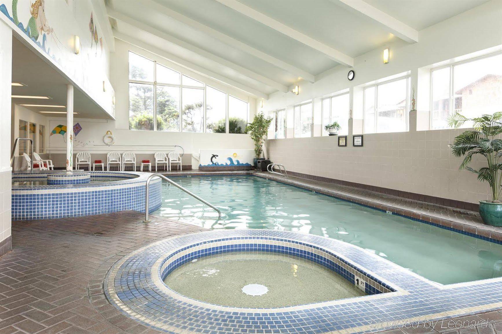 Hallmark Resort Spa In Cannon Beach Or 1400 South Hemlock 97110