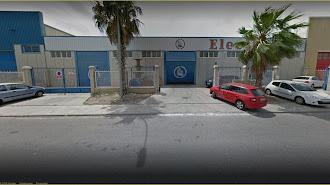 Antigua  sede de Electrofil en el polígono del Sector 20, hoy propiedad de  Electro Stoks.