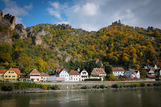 Photo: First look at Dürnstein and the castle ruin.