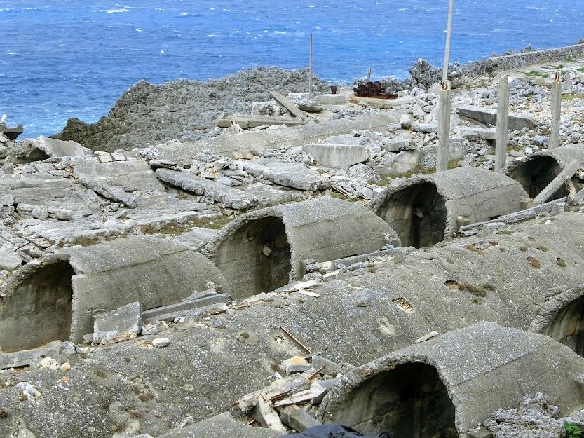 小さな孤島の巨大遺構・北大東島『燐鉱石貯蔵庫跡』