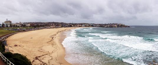 Photo: Sunnuntai-aamun retki hiukan sateiselle Bondi Beachille