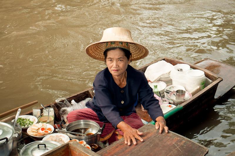 Il mercato galleggiante di silvyyyb