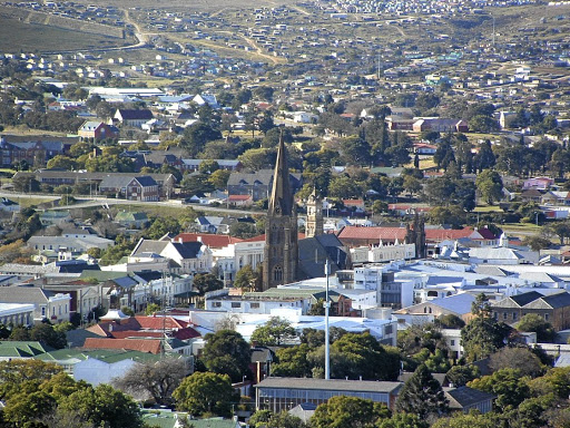 Model: Grahamstown is home to Rhodes University and the National Arts Festival. The festival impressed managers of a national group that attended a leadership programme hosted by Rhodes Business School as a model for higher education institutions in which people meet, socialise, share thoughts and get on. Picture: WIKIMEDIA