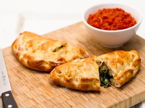 3-cheese, Mushroom & Spinach Calzone W/marinara