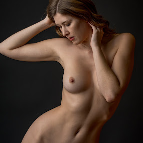 by Shawn Crowley - Nudes & Boudoir Artistic Nude ( classic beauty, nude, seattle, portrait, female )