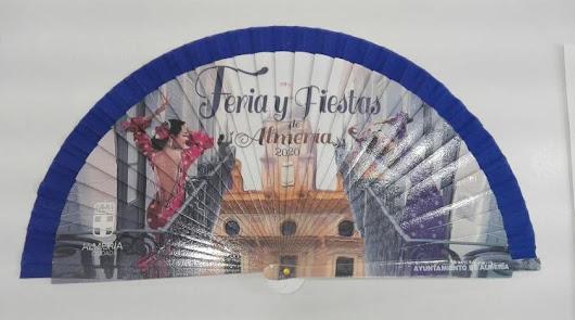 El Ayuntamiento se lanza a comprar 12.500 abanicos para la Feria de Almería