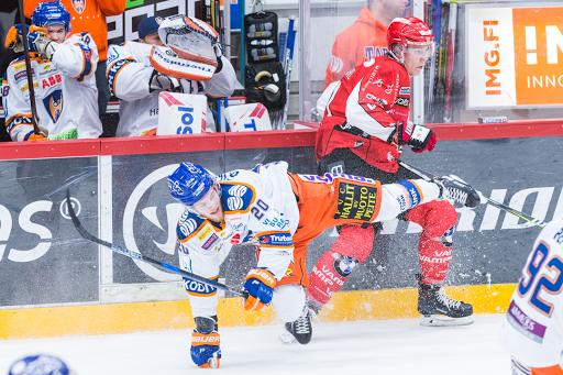 Ari Gröndahl laukoi maalin ja jakoi kovuutta pitkin ottelun. (Kuva: Emil Hansson)