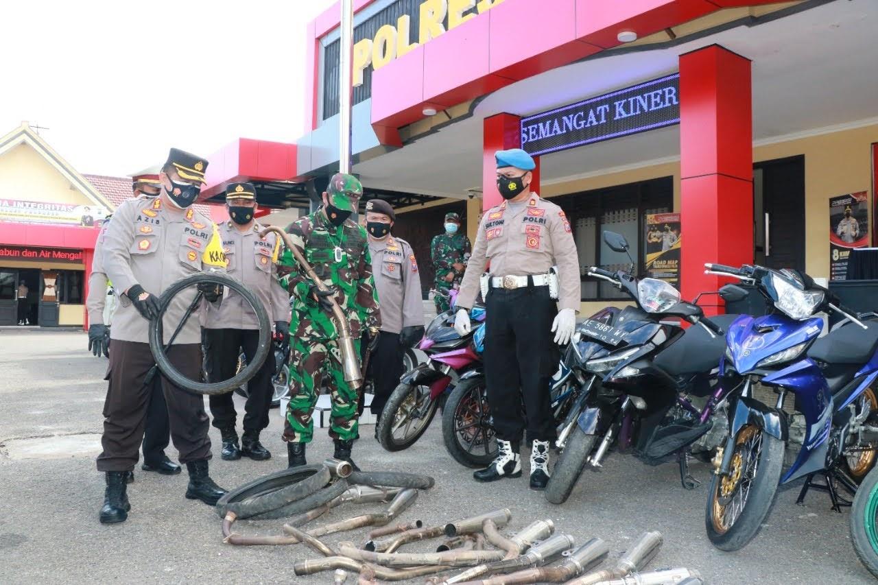 Operasi Balap Liar Polres Ponorogo Amankan 80 Sepeda Motor