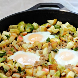 Sweet Potato Hash with Brussels Sprouts, Apples & Turkey {Paleo}.