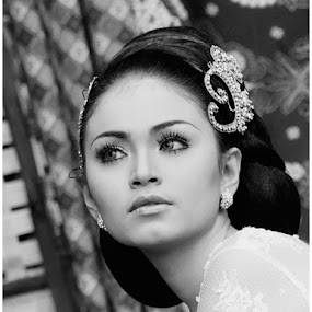 by Ayah Adit Qunyit - People Portraits of Women ( pwcprofiles-dq, , woman, b&w, portrait, person )