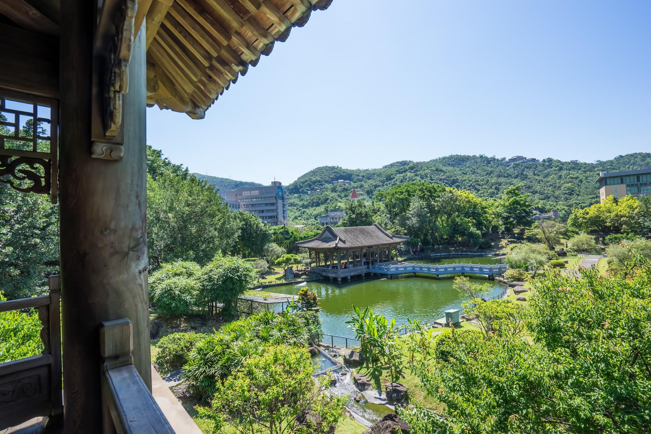 National Palace Museum Zhishan Garden3