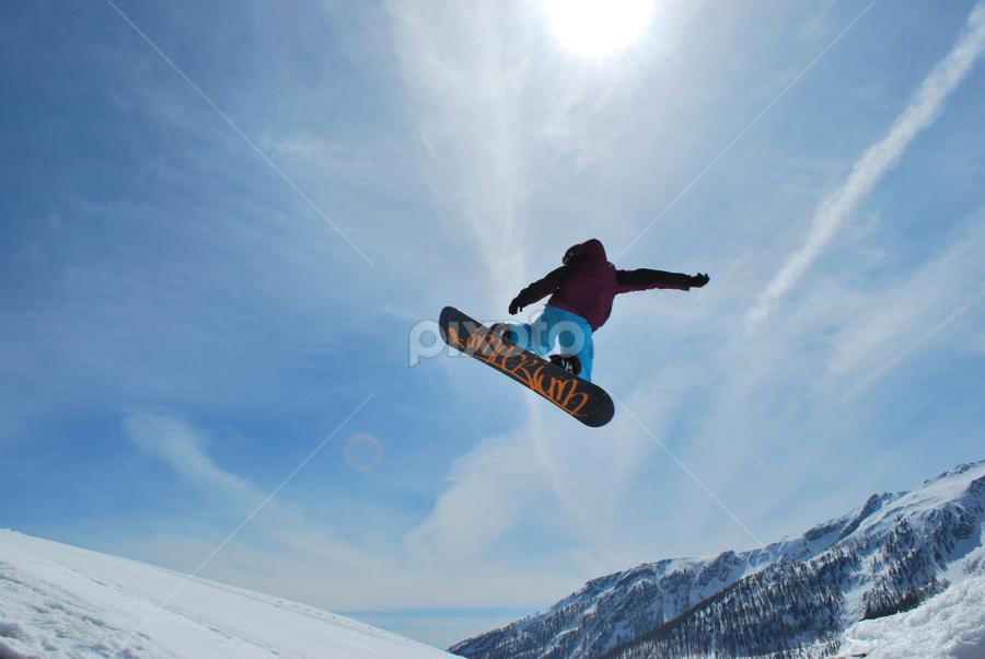 Free as a bird by Mirna Abaffy - Sports & Fitness Snow Sports ( winter, pwcwintersports, snow, sport, snowboarding )