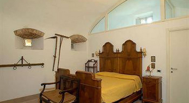 Castello Del Poggiarello Di Stigliano