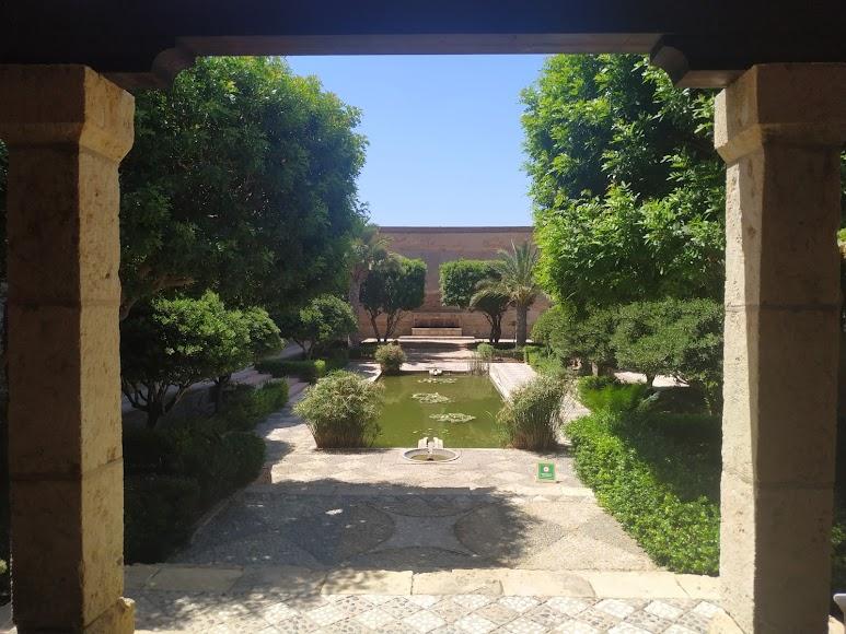Alberca de los nenúfares, uno de los espacios más cinematográficos de la Alcazaba
