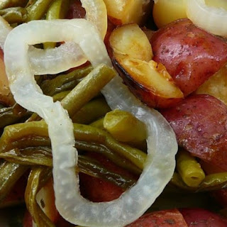Grilled Sausage with Potatoes and Green Beans Recipe